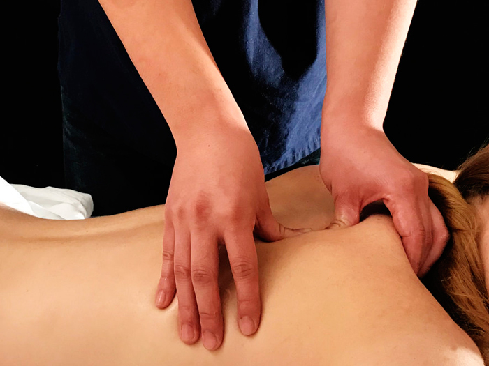 Acupressure-Massage1.jpg
